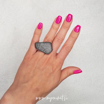 P450-GEOMETRIC-unikaten-prstan-myunikat-tjasavodeb-fimomasa-mini-srebrna