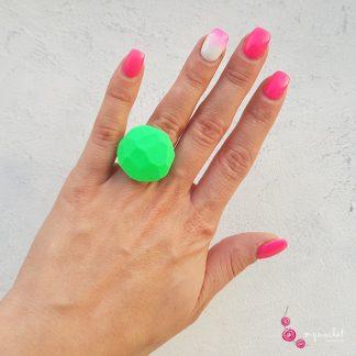 P426a-Unikaten-prstan-Myunikat-diamond-neon-zelena