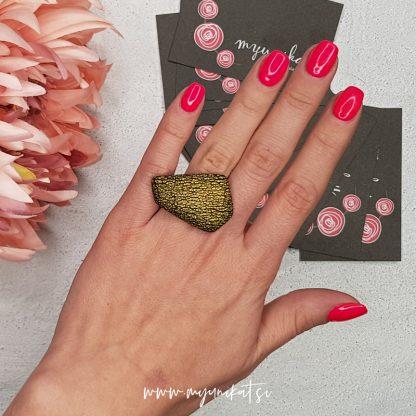 Unikaten-prstan-Myunikat-zlat-majhen