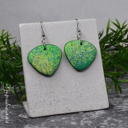 Unikatni-nakit-rocno-izdelani-uhani-myunikat-TjasaVodeb-abstrakt-zelena