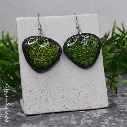 Unikatni-nakit-rocno-izdelani-uhani-myunikat-TjasaVodeb-zelena