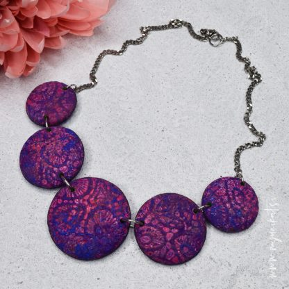 rocno-izdelana-unikatna-verizica-unikatni-nakit-myunikat-viola-modra