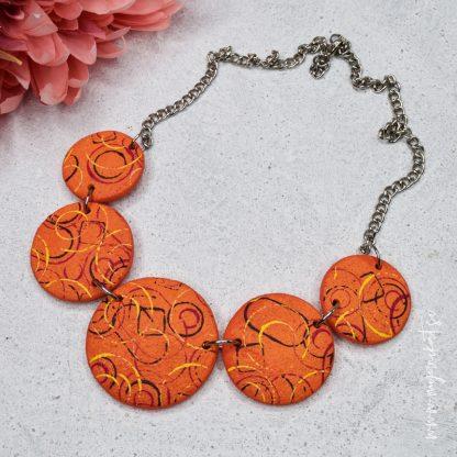 rocno-izdelana-unikatna-verizica-unikatni-nakit-myunikat-abstrakt-oranzna