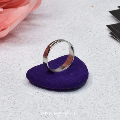 rocno-izdelan-unikatni-prstan-Myunikat_TjasaVodeb-fimo-viola-abstrakt