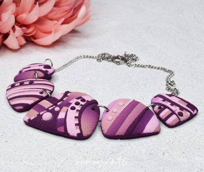 ocno-izdelana-unikatna-verizica-unikatni-nakit-myunikat-roza-viola