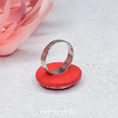 P496_rocno-izdelan-unikatni-prstan-Myunikat_TjasaVodeb-fimo-rdeca-bela
